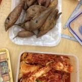 bakte søtpoteter og nylaga kimchi